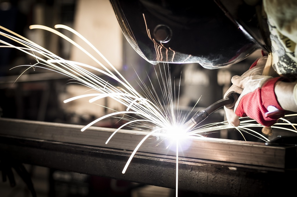 高度な技術が求められる鍛冶工事の仕事内容